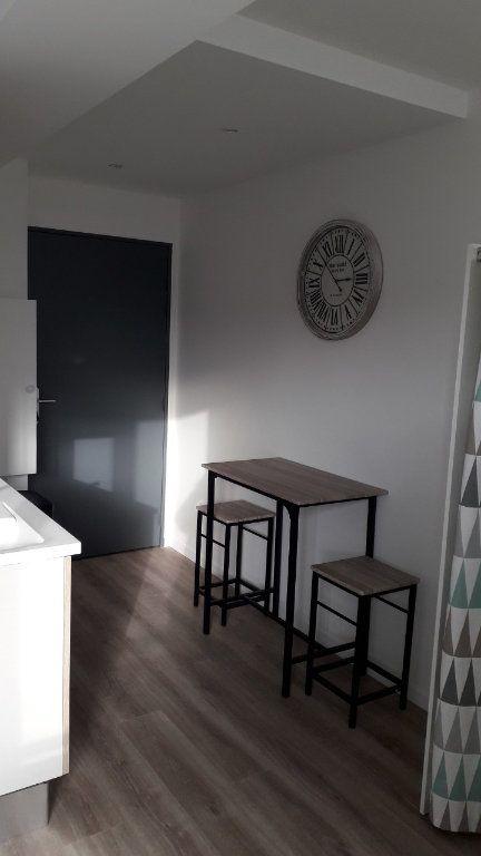 Appartement à louer 1 21.25m2 à Massy vignette-2