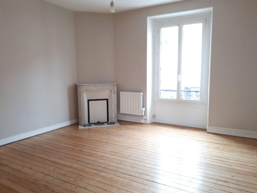 Appartement à louer 2 46.86m2 à Massy vignette-2