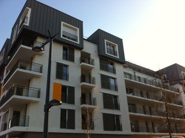 Appartement à louer 3 53.95m2 à Massy vignette-1