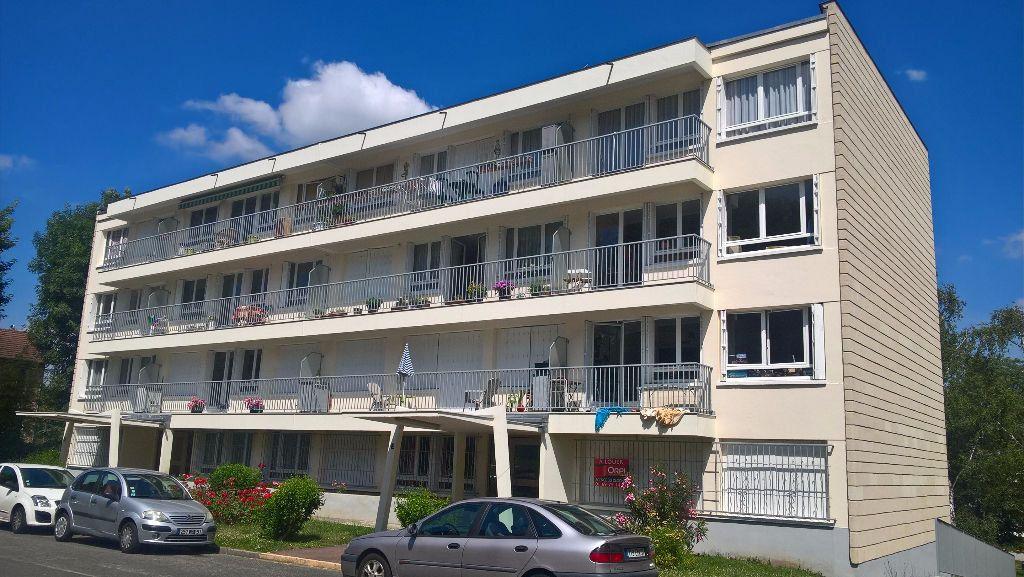 Appartement à louer 3 60.11m2 à Massy vignette-1