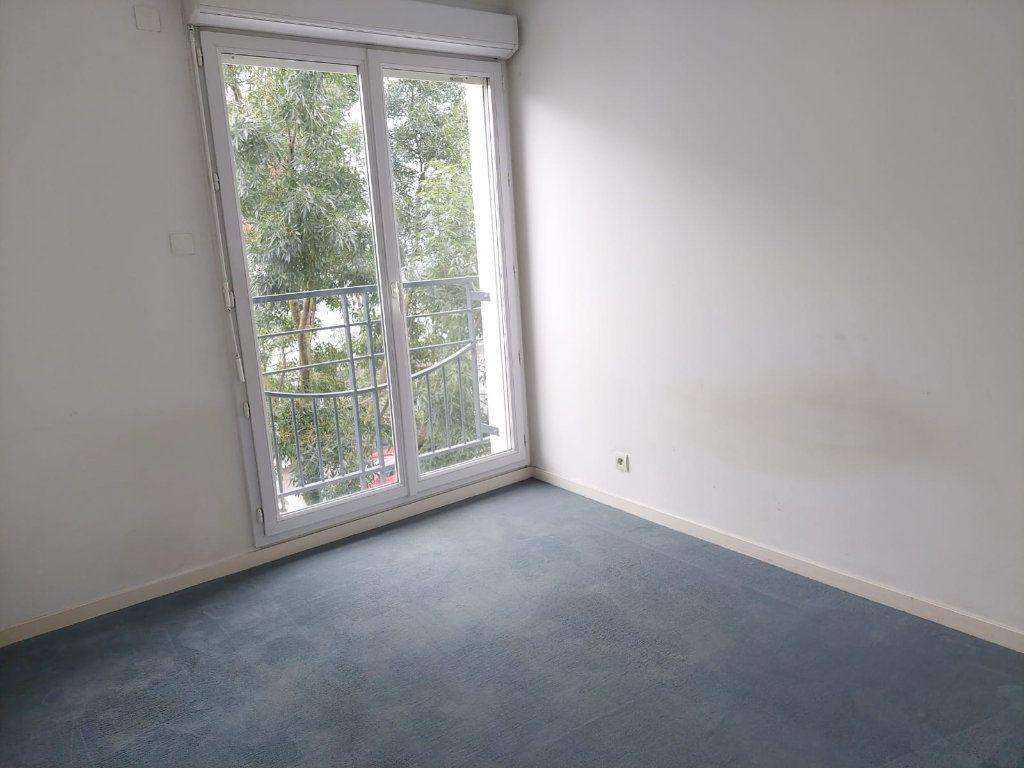 Appartement à louer 3 63.02m2 à Massy vignette-5