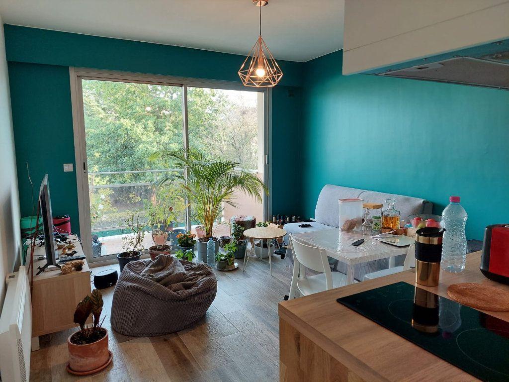 Appartement à louer 1 29.17m2 à Palaiseau vignette-2