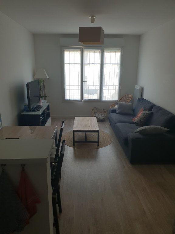 Appartement à louer 2 40m2 à Yerres vignette-2