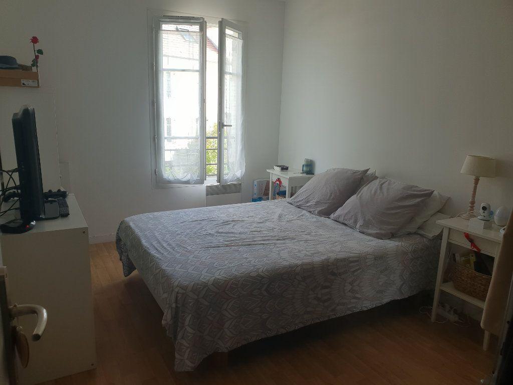 Appartement à louer 2 40m2 à Yerres vignette-3