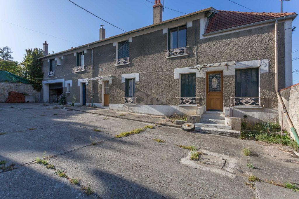 Maison à vendre 10 300m2 à Villecresnes vignette-2