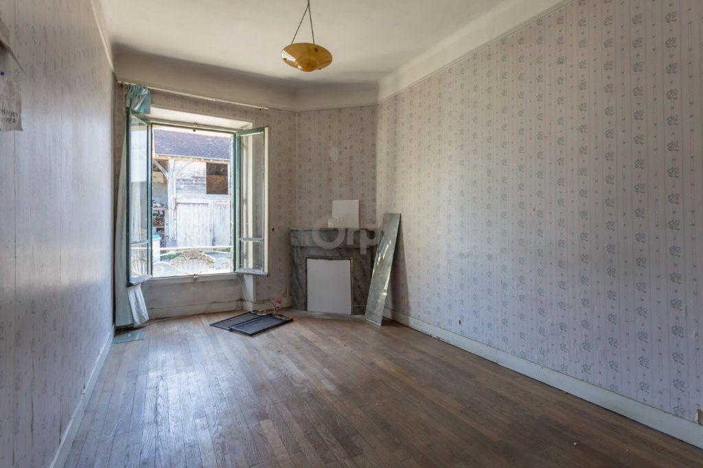 Maison à vendre 10 300m2 à Villecresnes vignette-6