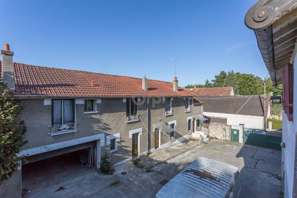 Maison à vendre 10 300m2 à Villecresnes vignette-8