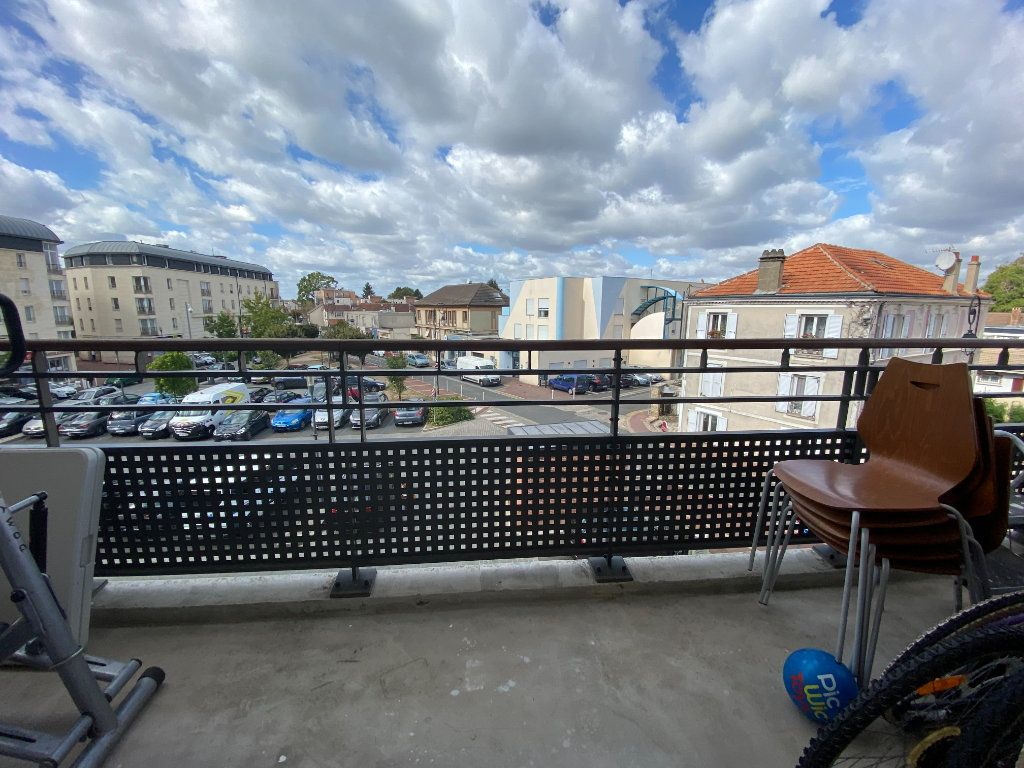 Appartement à vendre 3 60.52m2 à Combs-la-Ville vignette-4