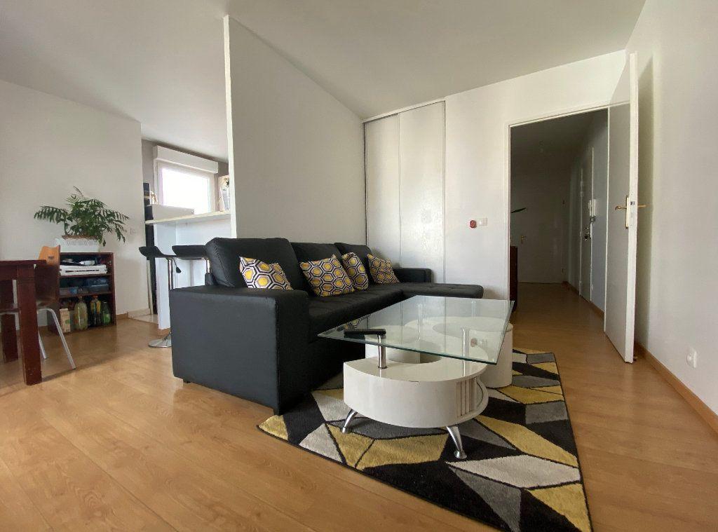 Appartement à vendre 3 60.52m2 à Combs-la-Ville vignette-6