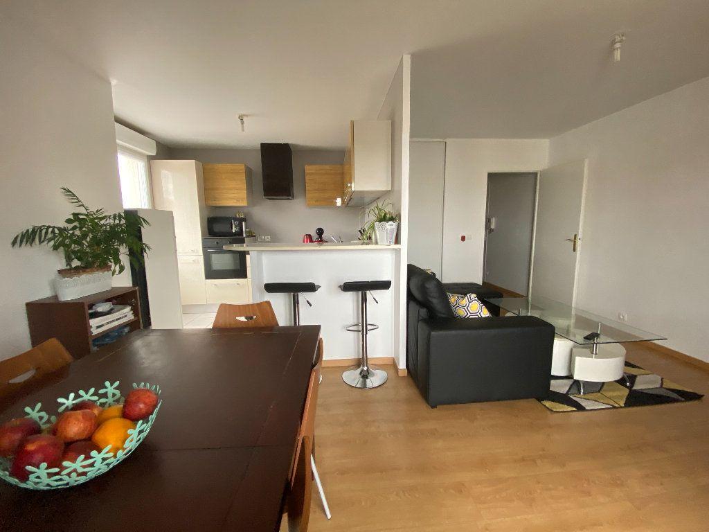 Appartement à vendre 3 60.52m2 à Combs-la-Ville vignette-10