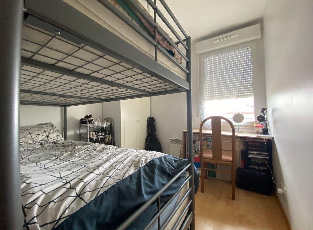 Appartement à vendre 3 60.52m2 à Combs-la-Ville vignette-13