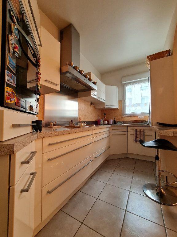 Appartement à vendre 3 66m2 à Villecresnes vignette-6