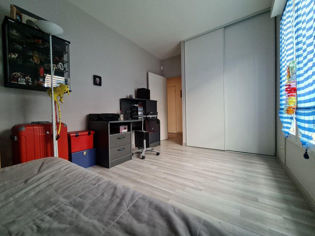 Appartement à vendre 3 66m2 à Villecresnes vignette-9