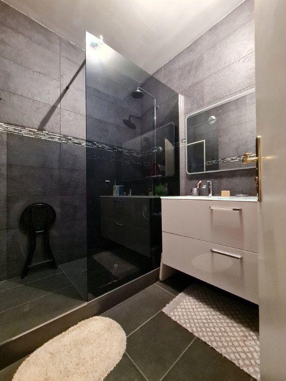 Appartement à vendre 3 66m2 à Villecresnes vignette-10
