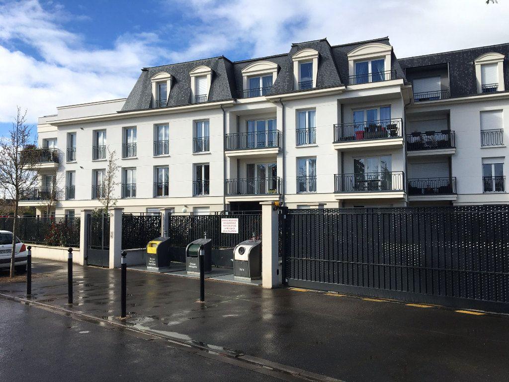 Appartement à vendre 4 80m2 à Villecresnes vignette-2