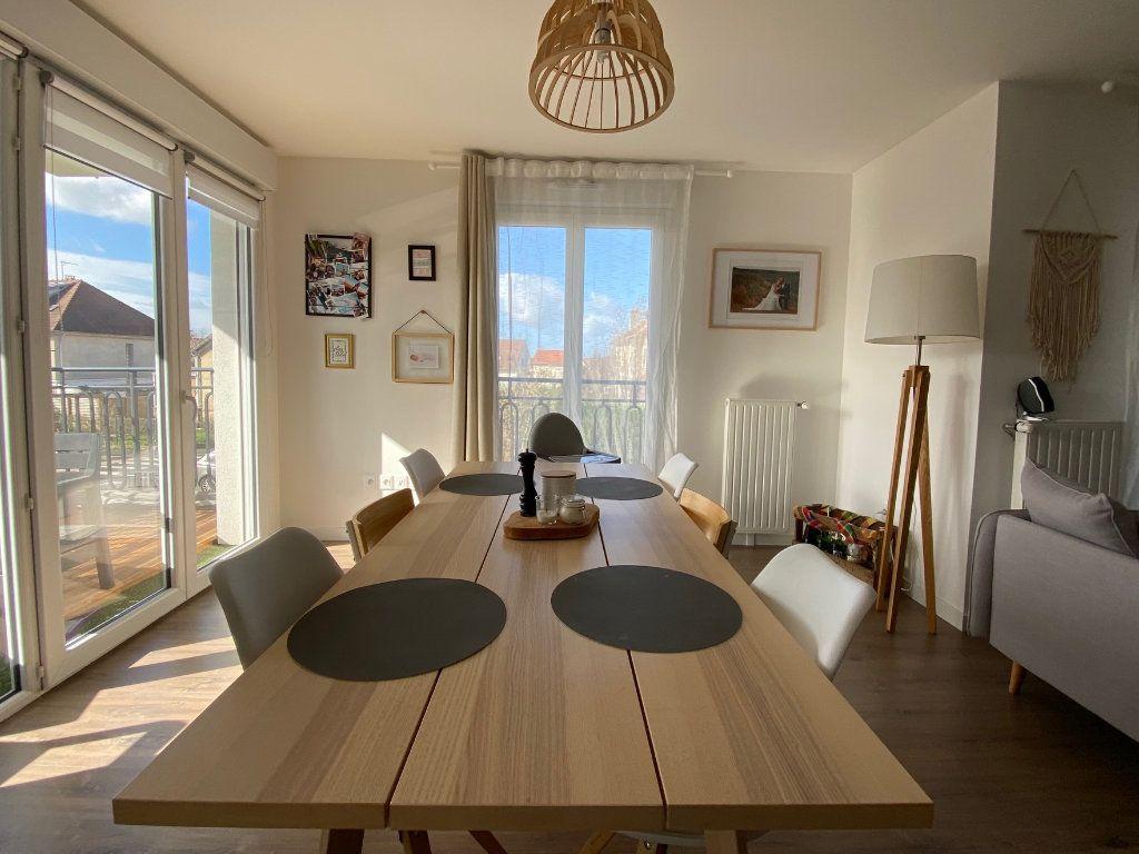 Appartement à vendre 4 80m2 à Villecresnes vignette-4