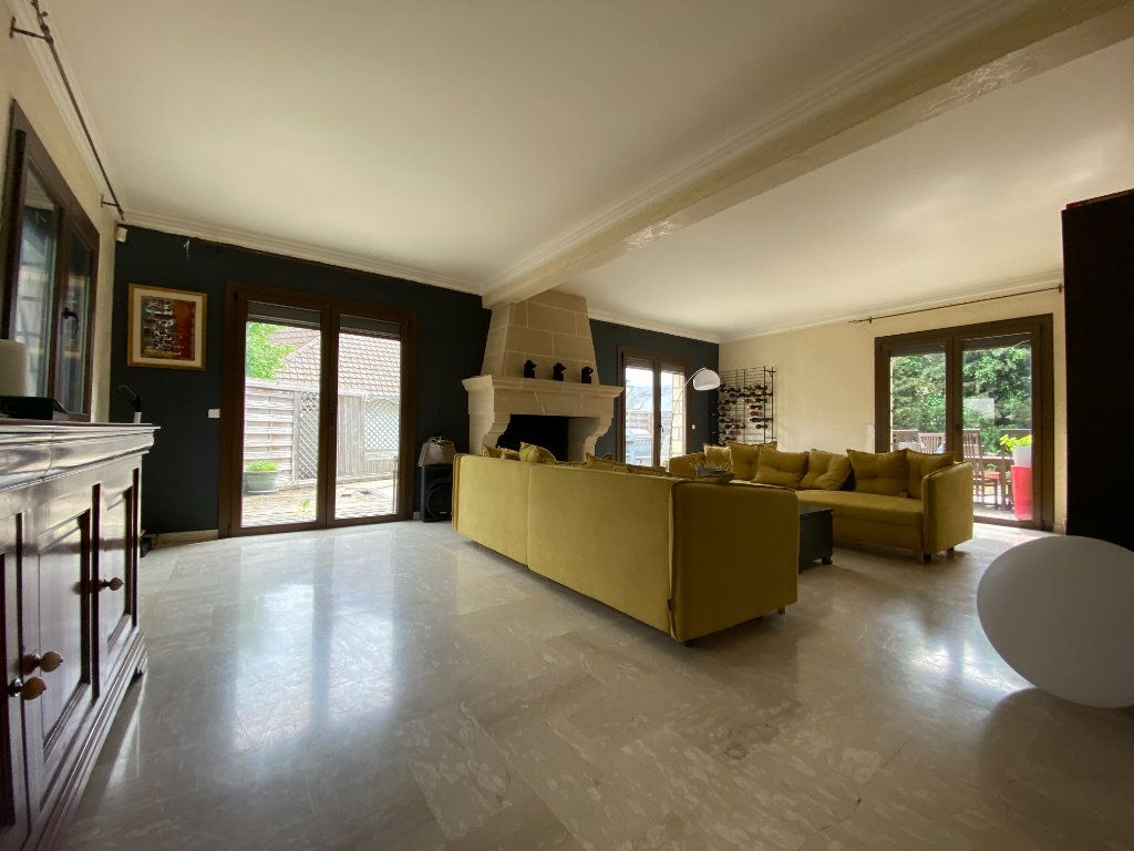 Maison à vendre 10 350m2 à Villecresnes vignette-1