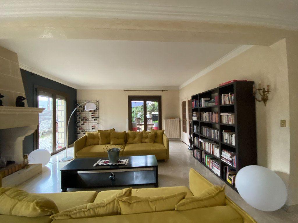 Maison à vendre 10 350m2 à Villecresnes vignette-3