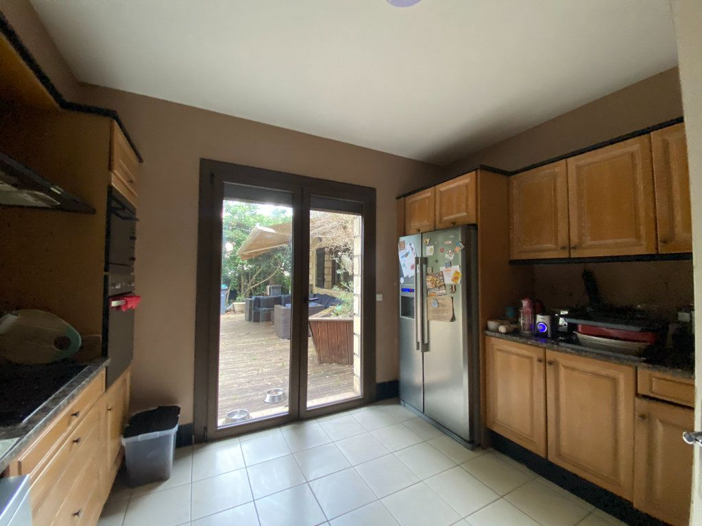 Maison à vendre 10 350m2 à Villecresnes vignette-5