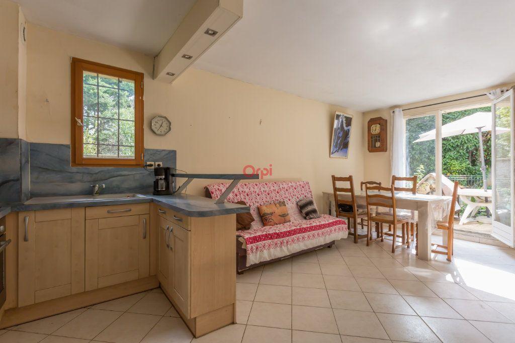 Appartement à vendre 2 39m2 à Villecresnes vignette-2