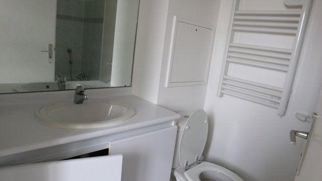 Appartement à louer 1 28.29m2 à Villecresnes vignette-7