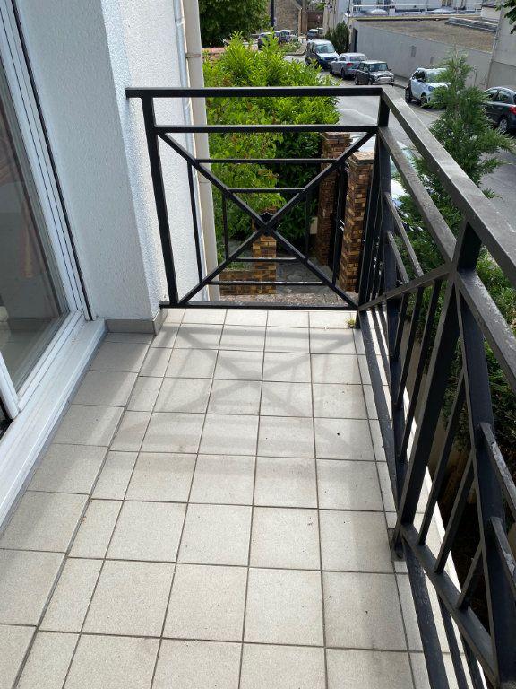 Appartement à louer 2 36.5m2 à Villecresnes vignette-7
