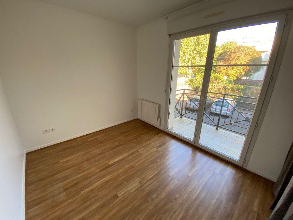 Appartement à louer 2 36.5m2 à Villecresnes vignette-9