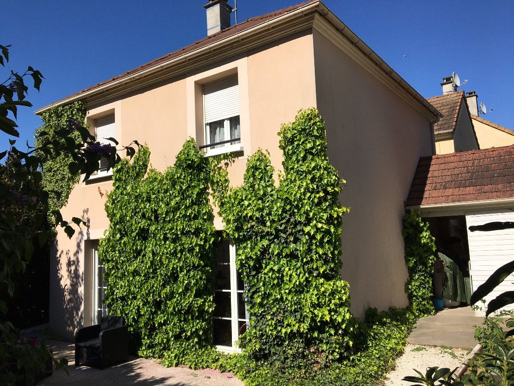 Maison à vendre 5 78.37m2 à Montgeron vignette-1