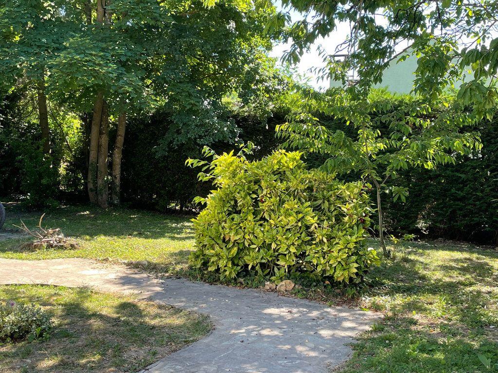 Maison à vendre 2 35m2 à Varennes-Jarcy vignette-4