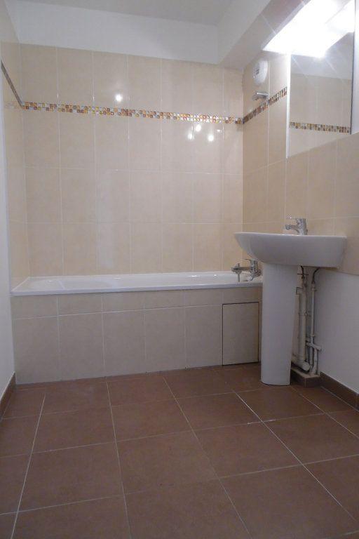 Appartement à louer 3 77.73m2 à Crosne vignette-5