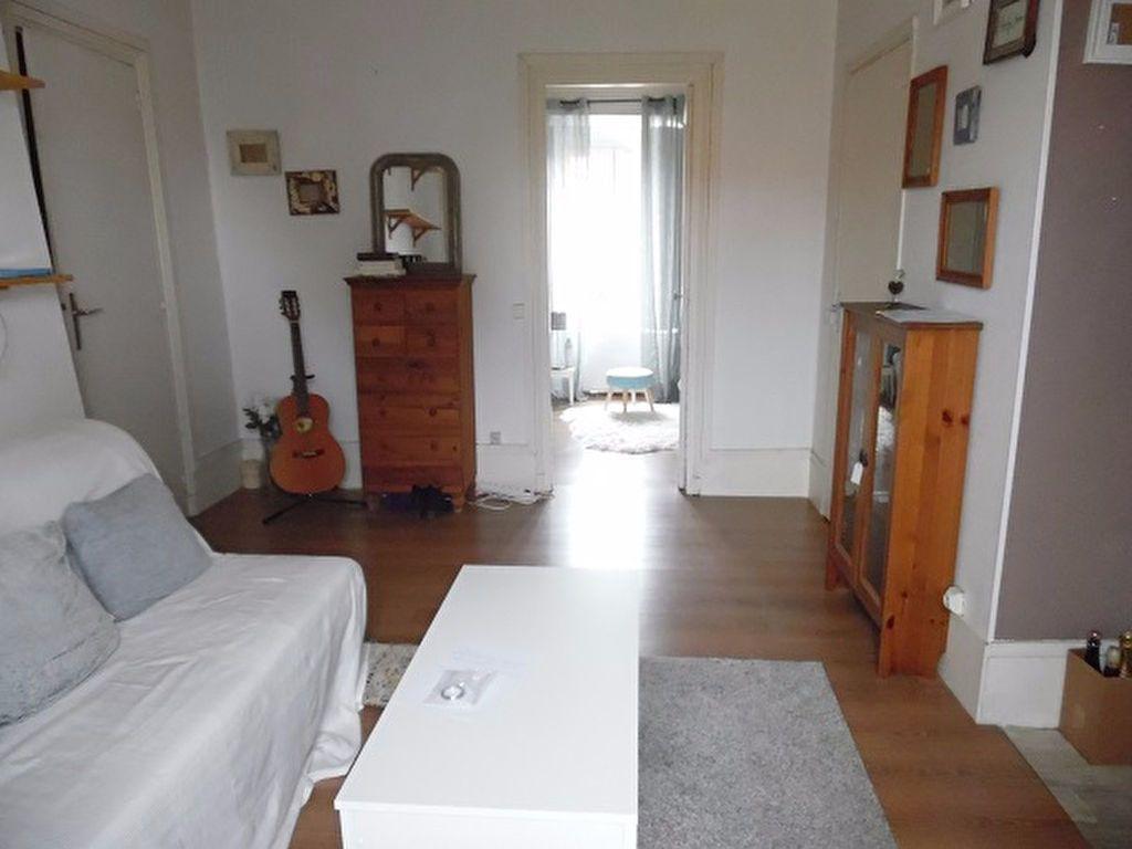 Appartement à louer 2 29m2 à Montgeron vignette-2