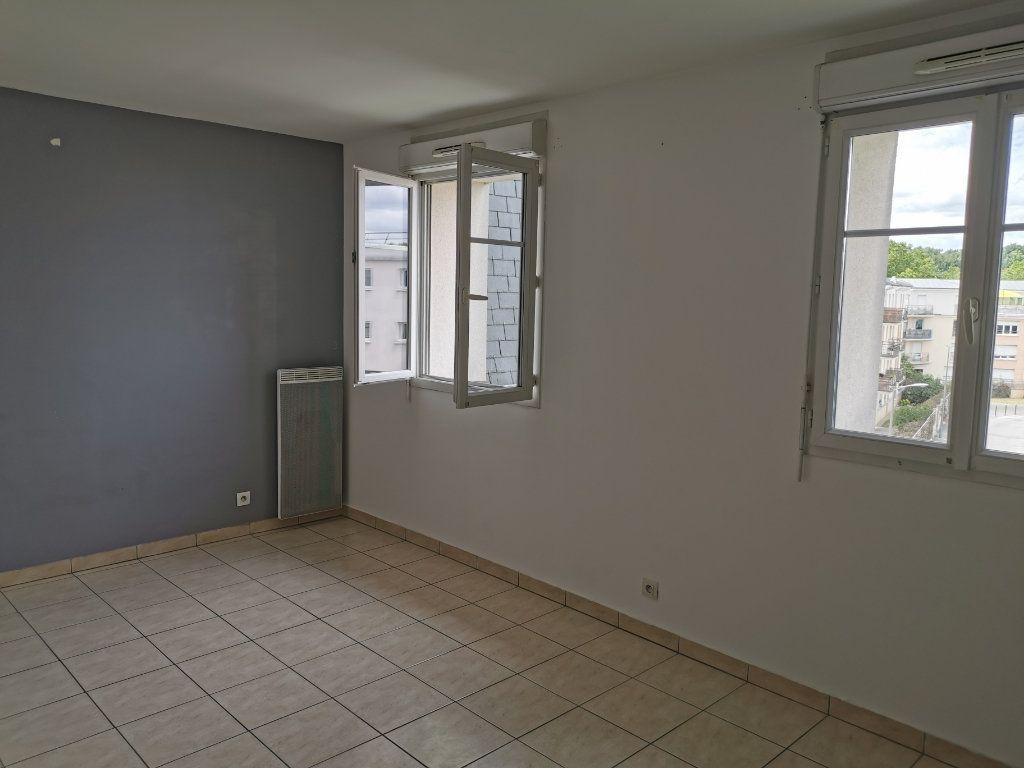 Appartement à louer 1 28.72m2 à Vigneux-sur-Seine vignette-2