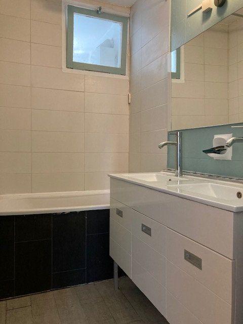 Appartement à louer 4 64.29m2 à Crosne vignette-4