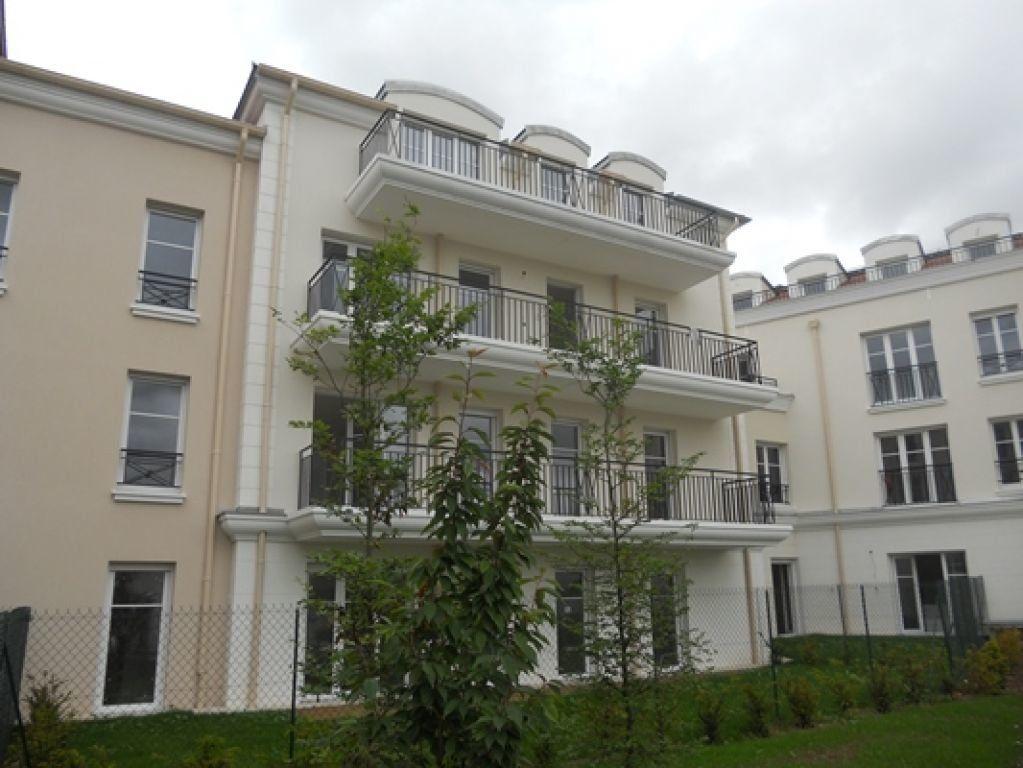 Appartement à louer 3 60.73m2 à Crosne vignette-1