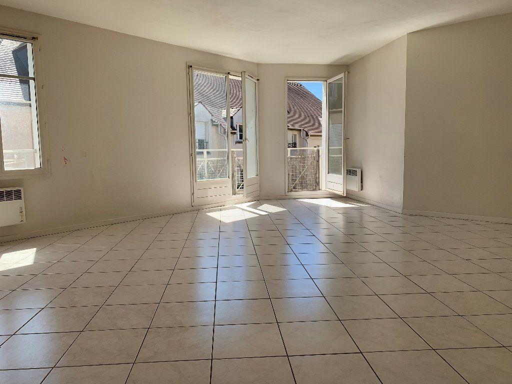 Appartement à vendre 5 88m2 à Montlhéry vignette-1