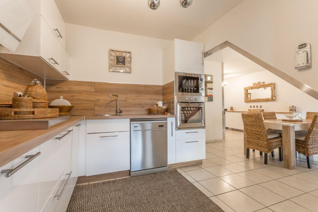Maison à vendre 6 85m2 à La Ville-du-Bois vignette-4