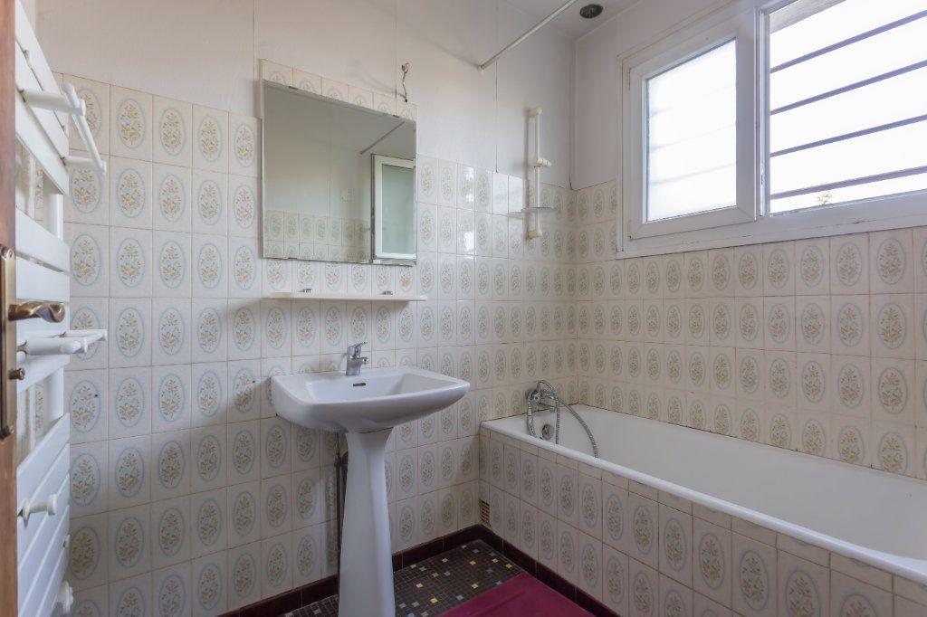 Maison à vendre 5 100m2 à La Ville-du-Bois vignette-8