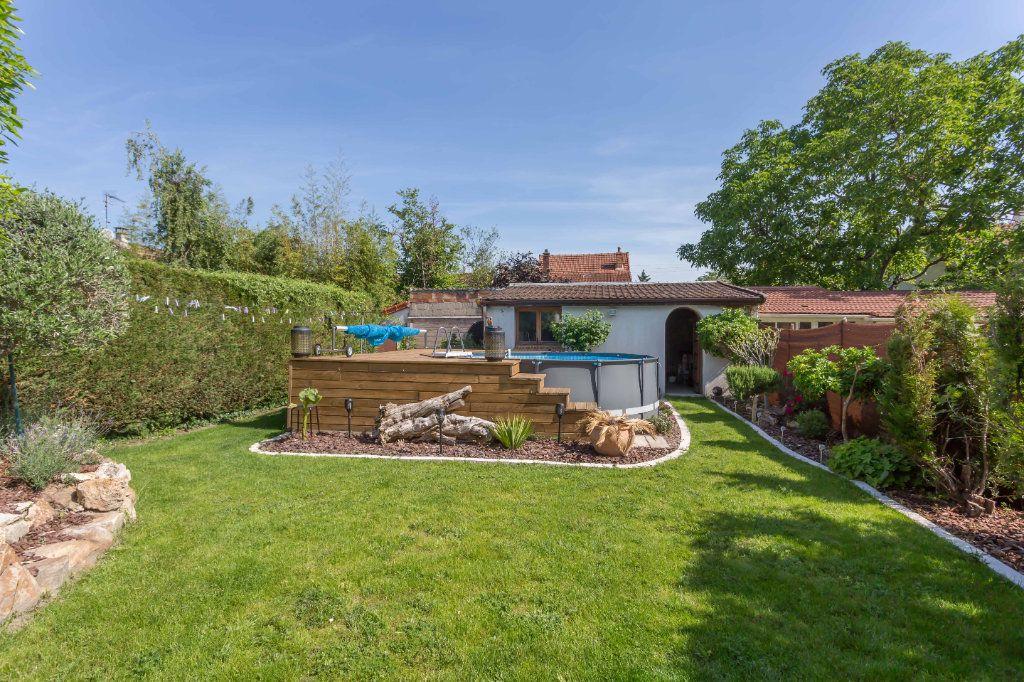 Maison à vendre 7 145m2 à Sainte-Geneviève-des-Bois vignette-3