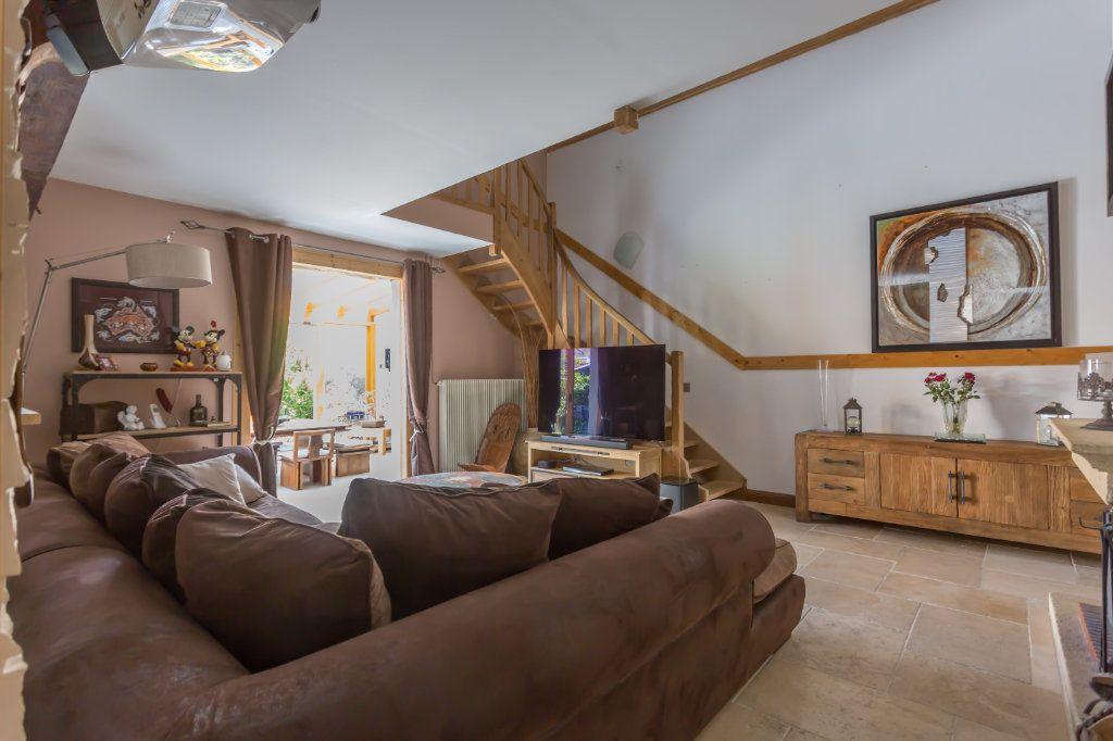 Maison à vendre 7 145m2 à Sainte-Geneviève-des-Bois vignette-7