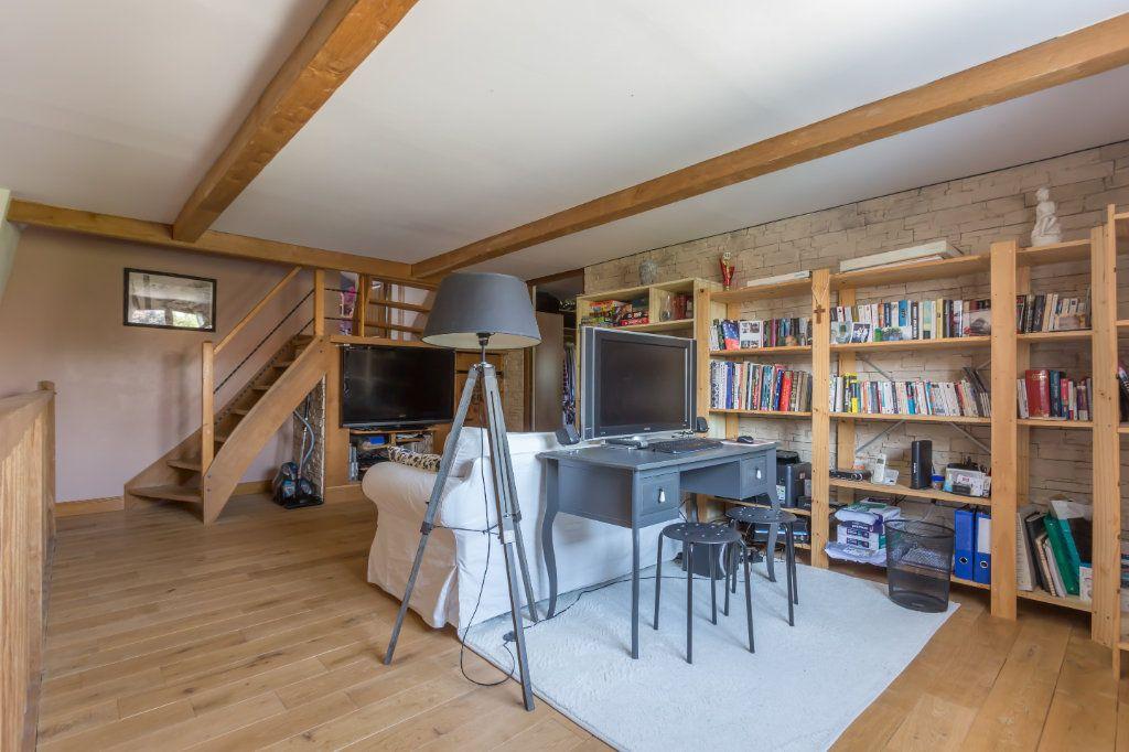 Maison à vendre 7 145m2 à Sainte-Geneviève-des-Bois vignette-11