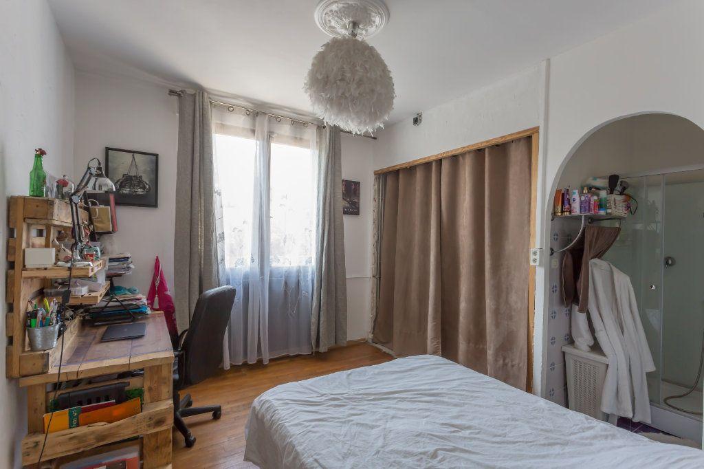 Maison à vendre 7 145m2 à Sainte-Geneviève-des-Bois vignette-13