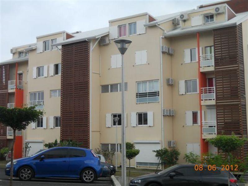 Appartement à louer 3 71.3m2 à Le Gosier vignette-2