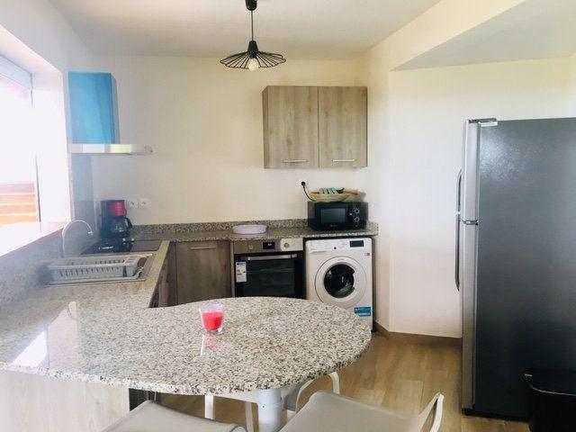 Appartement à louer 3 59.1m2 à Petit-Bourg vignette-3