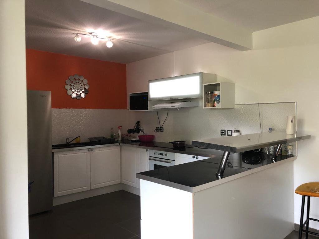 Appartement à vendre 3 72.76m2 à Les Abymes vignette-2