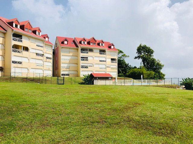 Appartement à louer 2 38.14m2 à Petit-Bourg vignette-1