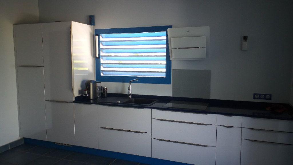 Maison à vendre 4 104m2 à Port-Louis vignette-4