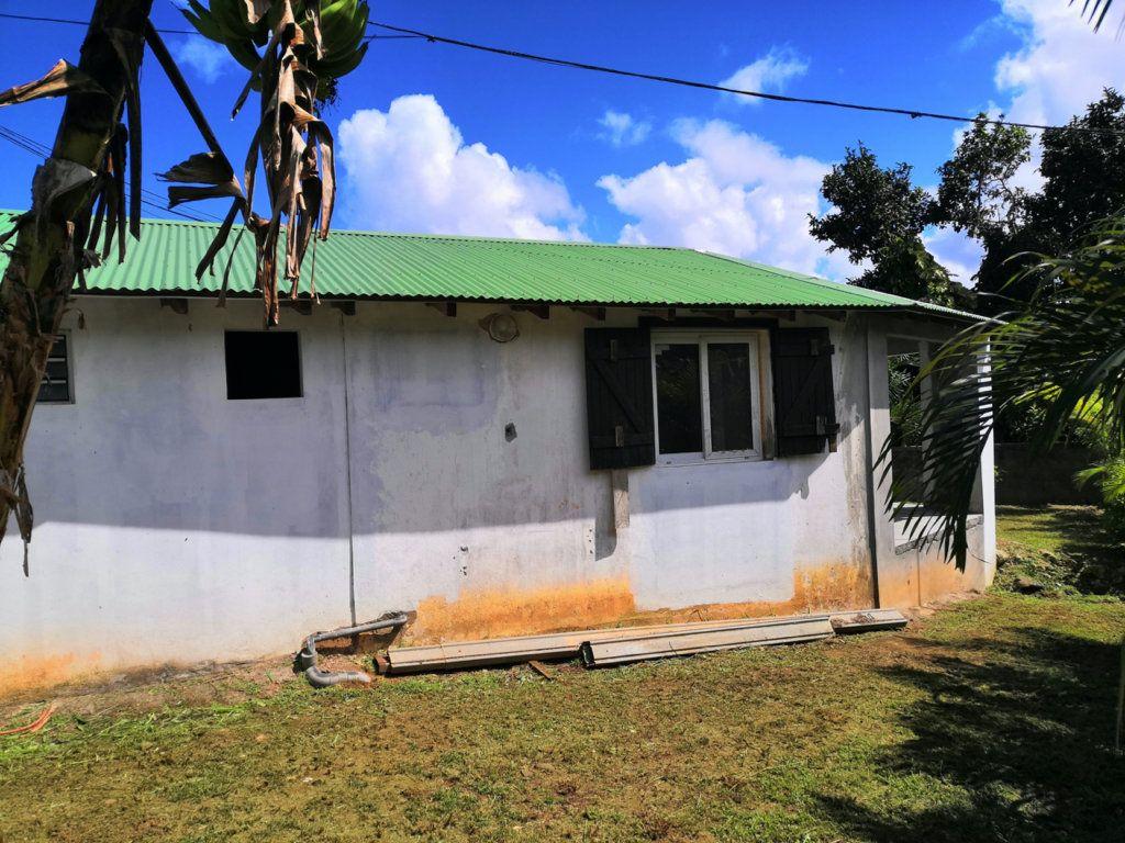 Maison à vendre 3 60m2 à Sainte-Rose vignette-2