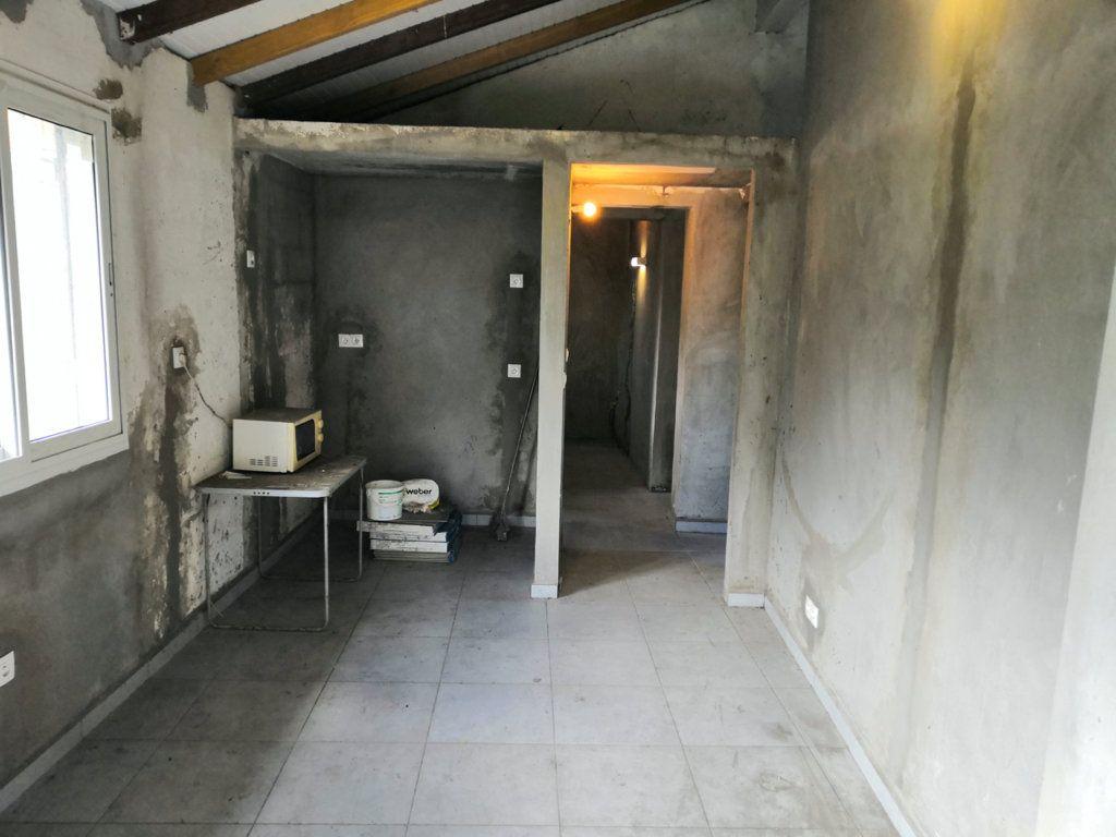 Maison à vendre 3 60m2 à Sainte-Rose vignette-6