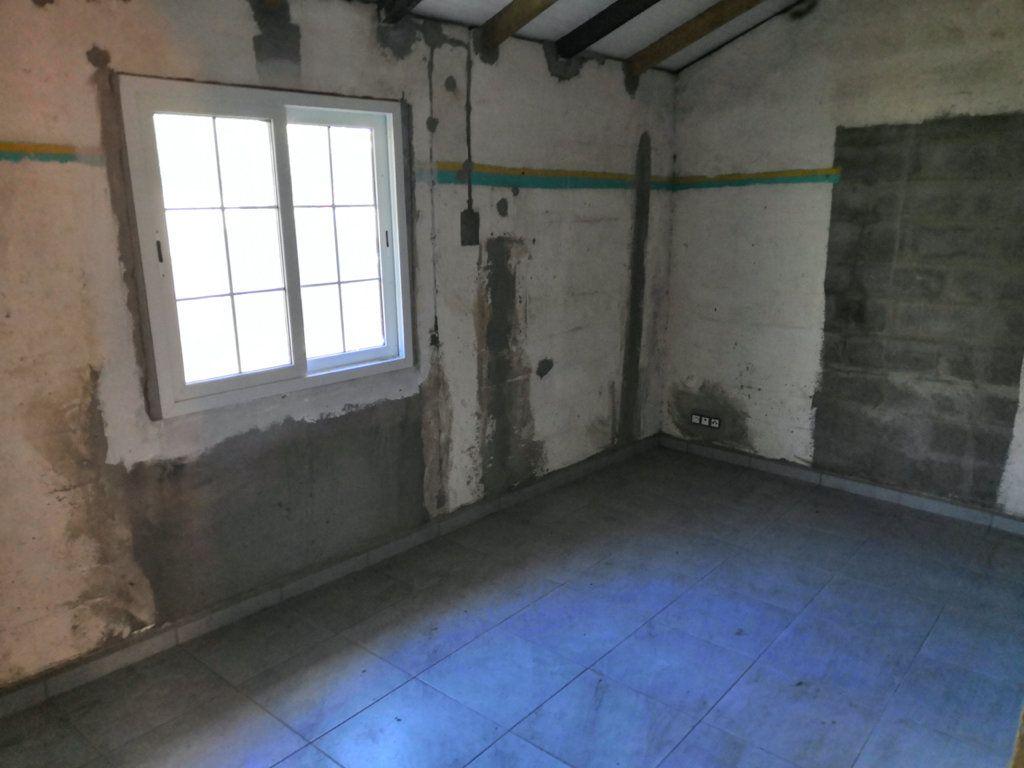 Maison à vendre 3 60m2 à Sainte-Rose vignette-7