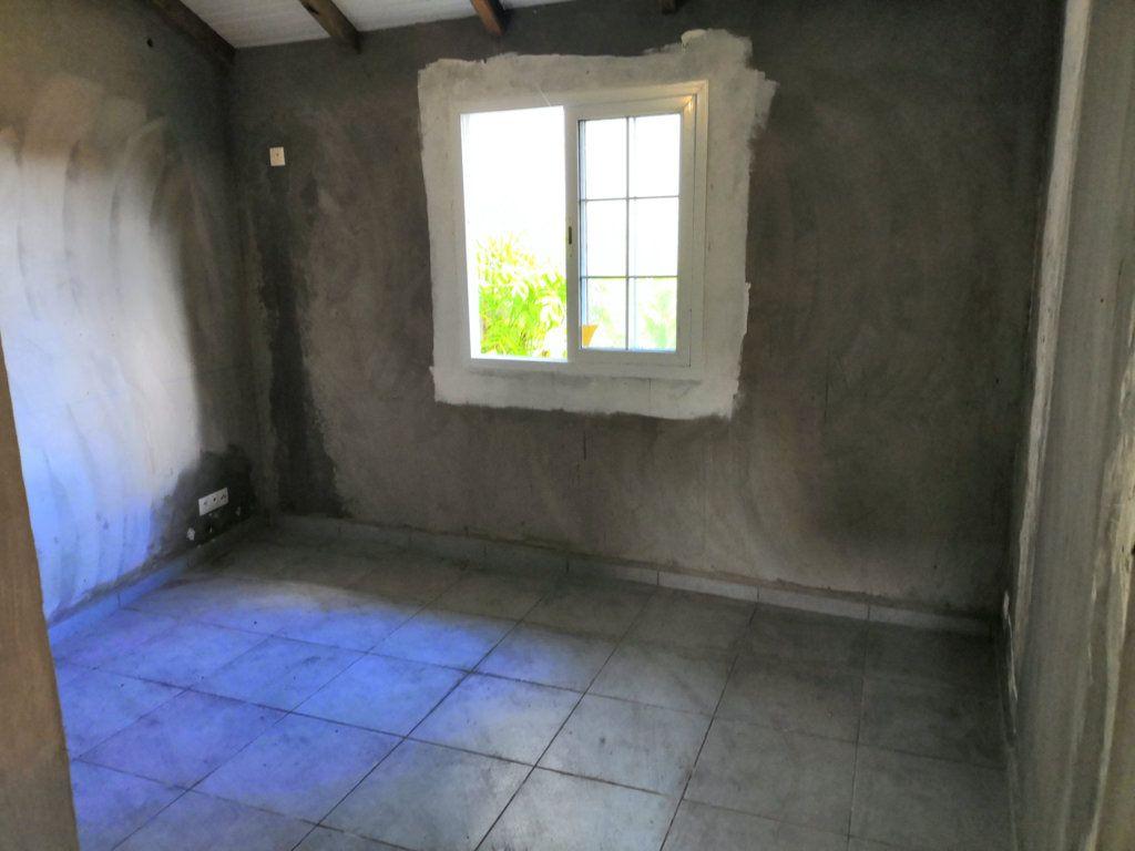 Maison à vendre 3 60m2 à Sainte-Rose vignette-10
